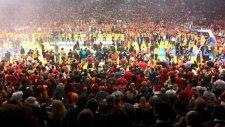 Galatasaray Taraftarlarının Şampiyonluk Coşkusu