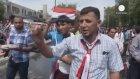 Şii lider Sadr Taraftarları Irak Meclisi'ni Bastı