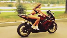 Rus Kızından Motor Gösterisi