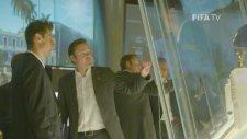 Miroslav Klose, FIFA müzesini ziyaret etti