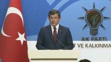 Davutoğlu'nun Veda Konuşmasında Sesi Titredi