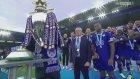 Premier Lig Şampiyonu Leicester City Kupayı Kaldırdı!