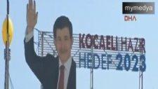 Davutoğlu'nun Afişini Kaldırıp Erdoğan'ın Afişini Astılar