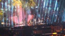 Azerbeycan'ın Eurovision 2016 şarkısı: Samra - Miracle