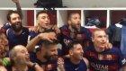 Barcelona Soyunma Odasında Şampiyonluk Sevinci