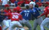 Beyzbol Maçının Boks Maçına Dönmesi