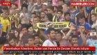 Fenerbahçe Yönetimi, Robin van Persie ile Devam Etmek İstiyor