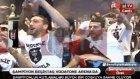 Beşiktaşlı Futbolcular Büyük Coşkuyla Kupa Törenini Bekliyor