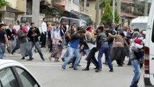 Kocaeli'nde Taşlı Sopalı Aile Sokak Kavgası!