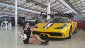 Brezilyalı Mankenden Müthiş Futbol Show