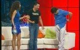Cem Davran'ın Pantolonunu İndirmesi  İki Kere Kiki 2002