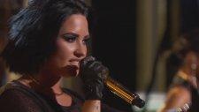 Demi Lovato - Cool For The Summer (Canlı Performans -  2016 Billboard Music Awards)