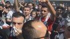 Beşiktaş Çarşı Taraftarlar Doldurdu
