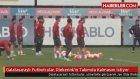 Galatasaraylı Futbolcular, Riekerink'in Takımda Kalmasını İstiyor