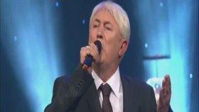 Turhan Öge -Sesimde Şarkısı Aşkın Figân Olup Gidiyor