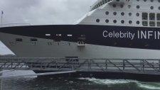 Hızını Alamayan Dev Yolcu Gemisi Limana Çarptı