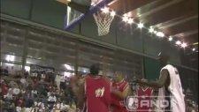 Az Kilolu Çok Yetenekli Sokak Basketbolcusu