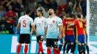 Türkiye - İspanya maçında Türk taraftarlar Arda Turan'ı protesto etti