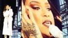 Rihanna Konserinde Gözyaşlarını Tutamadı
