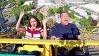 Selena Gomez, James Cordon ile Birlikte Roller Coaster'a Binerek Karaoke Yaptı