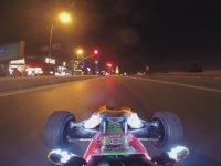 Oyuncak Araba İle Gece İstanbul Trafiği