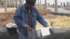 ABD'de İstiklal Marşı'nı Çalan Jamaikalı