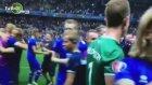 İzlanda'lı oyuncuların maç sonu sevinci.