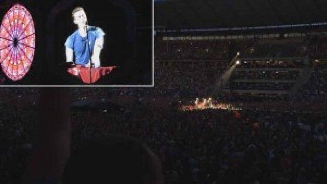 Coldplay Berlin Konserinde Türk Bayrağı Açtı