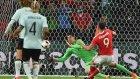 Robson Kanu'nun Dönerek Belçika'ya Attığı Muhteşem Gol