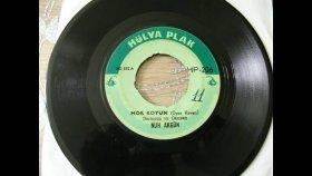 Nuh Akgün -  Mor Koyun Meler Gelir - Nostalji Müzik