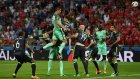 Cristiano Ronaldo'nun Galler'e Attığı Kafa Golü
