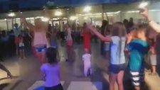 Rus Kızların Dansı Antalya Belek Belkon Hotel