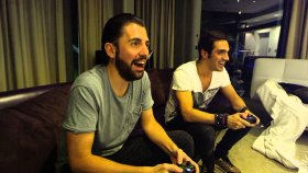 Dimitri Vegas - Like Mike - Very First Mortal Kombat X Challenge Incl Ummet Ozcan