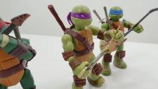 Harika Oyuncaklar - Asrın Ninja Kaplumbağalara Gitar Öğretiyor. Çevrimiçi Video İzle
