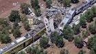 İtalya'da Trenler Kafa Kafaya Çarpıştı: En Az 12 Ölü