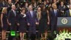 Bush'tan Cenaze Töreninde Akıl Almaz Dans