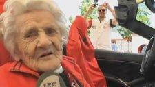 104 yaşındaki nine 300 km hızı tattı!