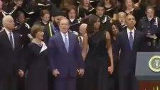 George Bush Öldürülen Polislerin Cenazesinde Dans Etti!