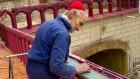 Elleriyle Tek Başına 53 Yılda Bir Katedral İnşa Eden Adam