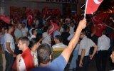 Darbe Girişimine Karşı Sokağa Dökülen Türk Halkı