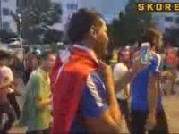 Dos Santos'un da Milli İrade için Türk Bayrağıyla Yürümesi!