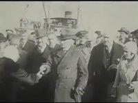 Atatürk'ün Elini Öptürmediği Kadın