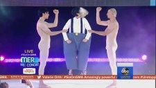 Sia - Unstoppable (Canlı Performans)