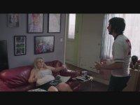 Temel İçgüdü Filmindeki Sharon Stone  Oturuşu
