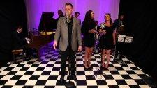 Scott Bradlee Postmodern Jukebox - Never Gonna Give You Up (feat. Clark Beckham)