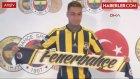 Fenerbahçeli Van der Wiel, Kendisi için Hazırlanan Sürprize Kızdı