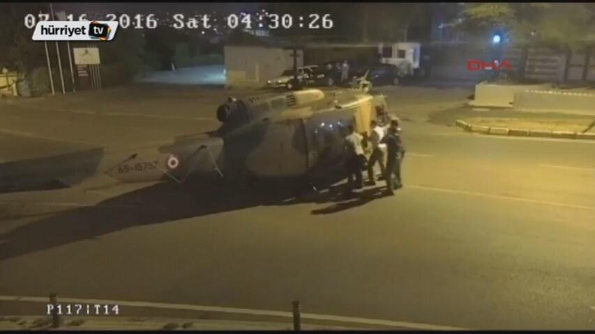 15 Temmuz Gecesi Darbeci Askerlerin Helikopterle Kaçtığı Anın Görüntüleri