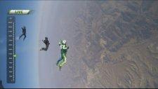 7500 Metre Yükseklikten Paraşütsüz Atlayan Adam