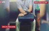 Metroda Kadının Etek Altı Görüntülerini Çekerken Yakalanan Sapık