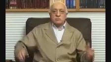 Fetullah Gülen'in Garip Figürlü Hareketleri